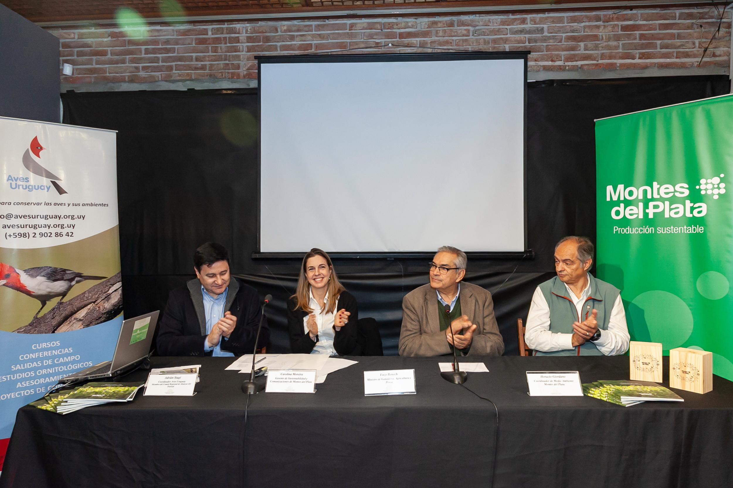 Acuerdo para la conservación de la biodiversidad de los pastizales naturales en producción forestal de Montes del Plata