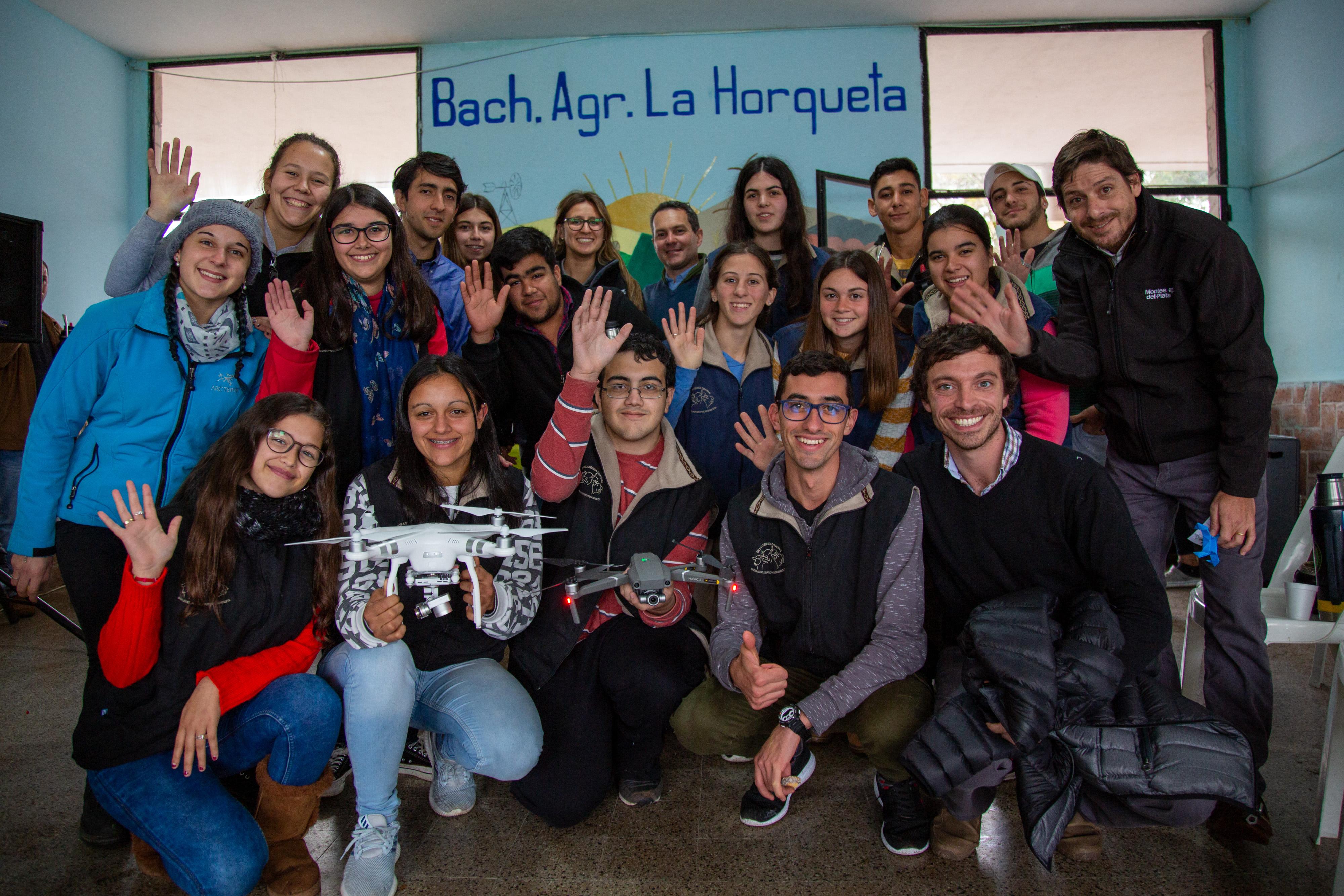 Montes del Plata apoyó al Bachillerato Agrario La Horqueta en proyecto de drones aplicados al agro