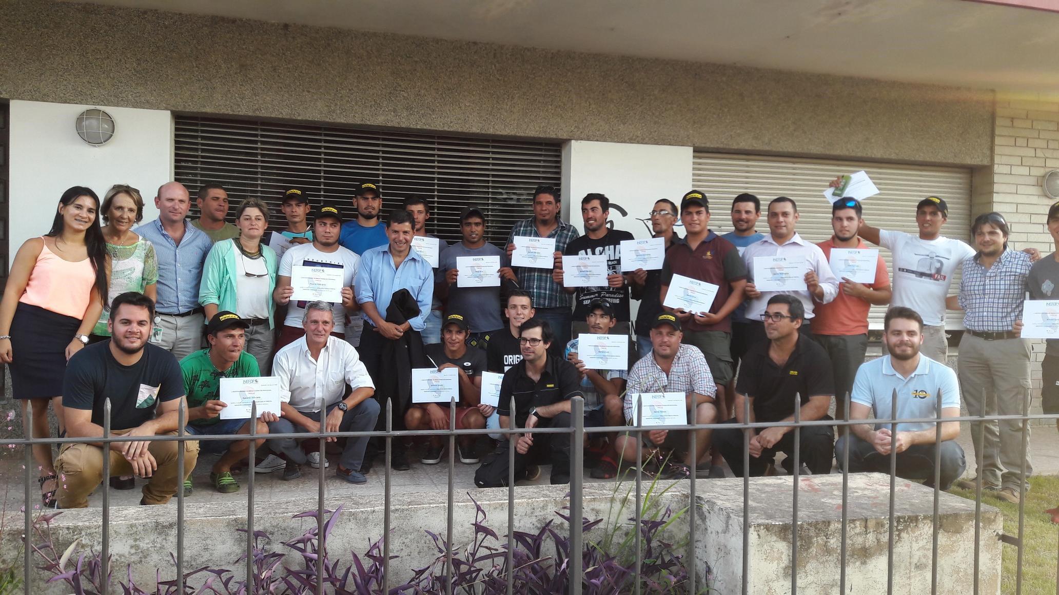 Montes del Plata apuesta a la capacitación y al desarrollo laboral en las comunidades locales